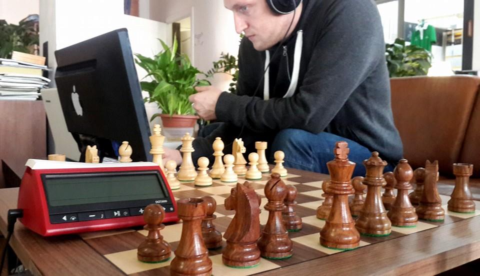 Во время Чемпионата Европы по быстрым шахматам и блицу, прошедшему в Минске в декабре, сайт мероприятия, транслирующий ход матчей, выдержал многократно возросший трафик благодаря услугам облачного хостинга Support.by.